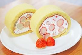 いちごのロールケーキ試作_01